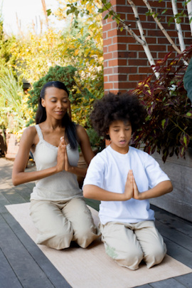 parent-teen-meditating
